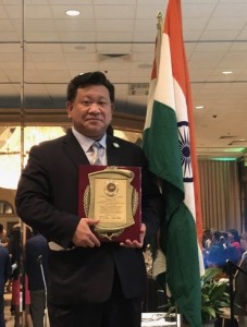 Lawrence Chang receives award from US-India SME business Council
